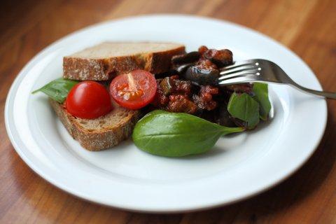 Frittierte Auberginen mit Tomaten (© Redaktion - Portanapoli.com)