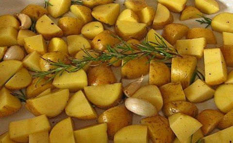Ofenkartoffeln mit Rosmarin (© Redaktion - Portanapoli.com)
