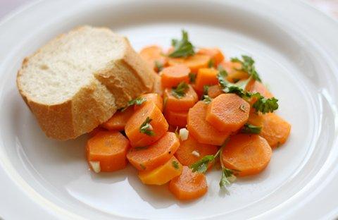 Salat aus gekochten Karotten (© Redaktion - Portanapoli)