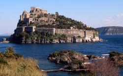Castello Aragonese in Ischia Porto (© Redaktion - Portanapoli.com)