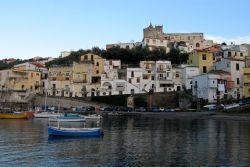 Hafen von Marina della Lobra (© Redaktion - Portanapoli.com)