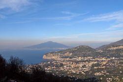 Panoramablick auf den Golf von Neapel (© Portanapoli.com)