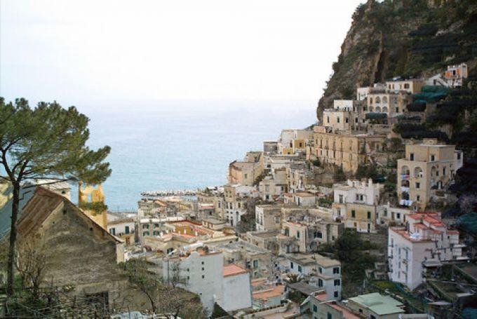 Atrani an der Amalfiküste (© Francesca - Portanapoli.com)