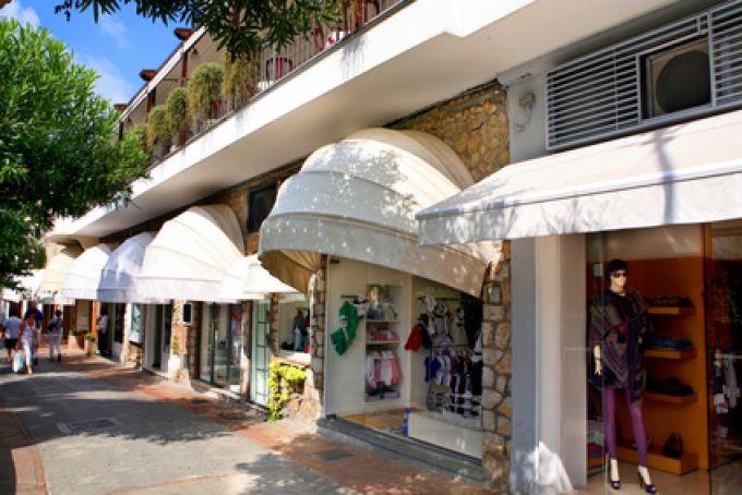 In Capri reihen sich exklusive Boutiquen aneinander (© Rick Henzel - Fotolia)