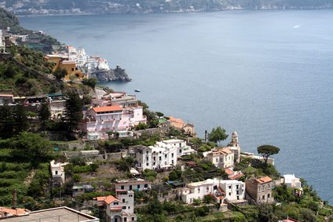 Conca dei Marini an der Amalfiküste (© beeandbee - Fotolia.com)