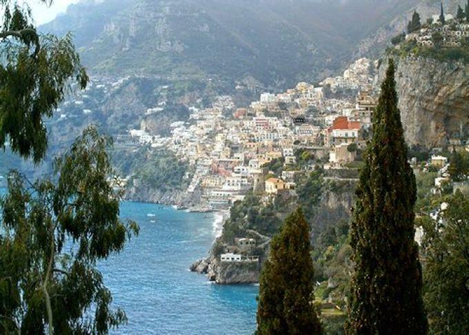 Herrliches Panorama auf die Amalfiküste (© Francesca - Portanapoli.com)