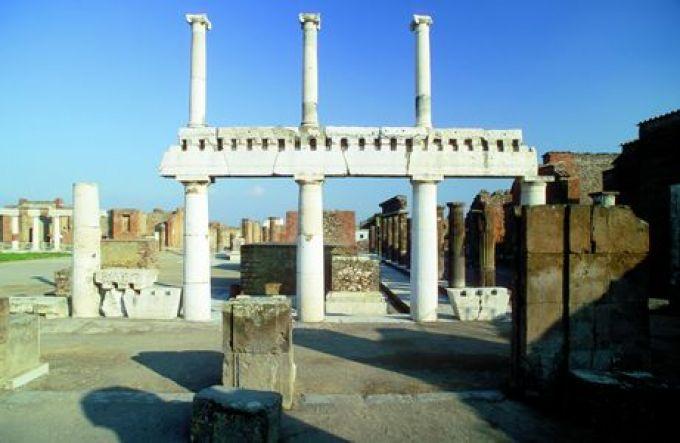 Das Forum in Pompeji (© Vito Arcomano - Fototeca ENIT)