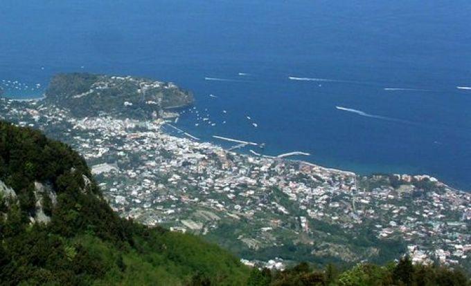 Rund um den Monte Epomeo gibt es herrliche Wanderwege mit Panoramablick (© Bruno - Portanapoli.com)