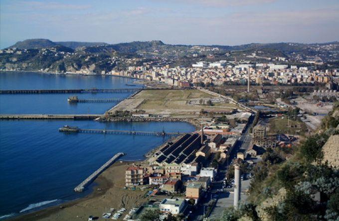 Blick auf Bagnoli von Posillipo, Neapel (© Francesca - Portanapoli.com)