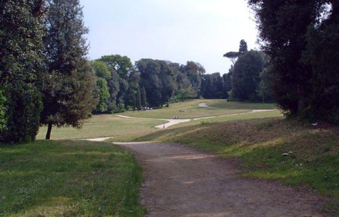 Weitläufig ist der Park von Capodimonte (© Bruno - Portanapoli.com)