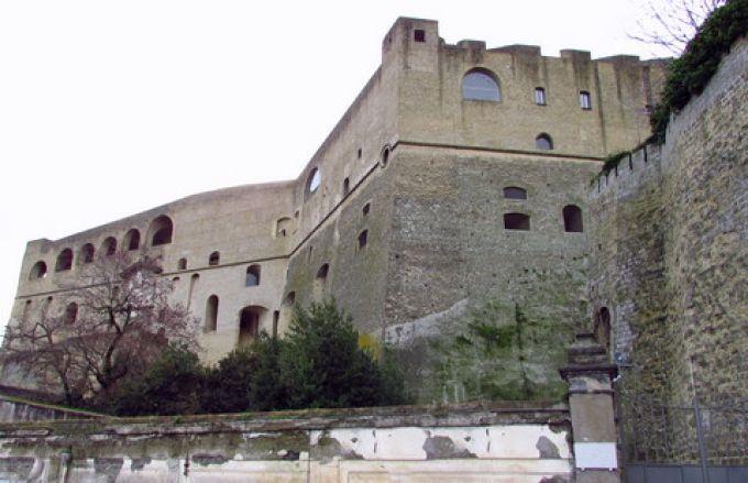 Die Festung Sant'Elmo in Neapel (© Umberto - Portanapoli.com)