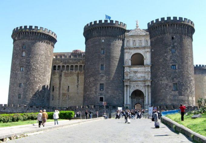 Maschio Angioino in Neapel (© Redaktion - Portanapoli.com)