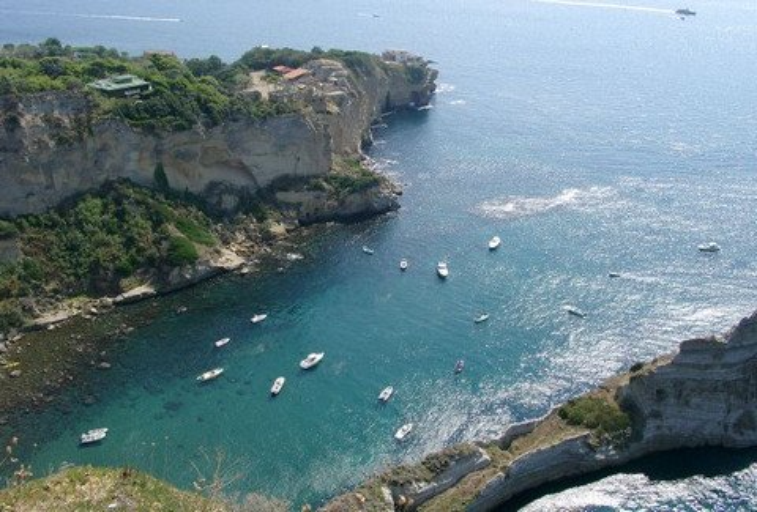 Blick vom Park Virgiliano auf das Meer von Posillipo (© Gianni - Portanapoli.com)