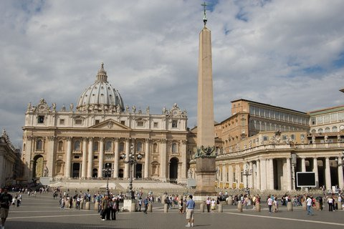 Petersdom und Petersplatz in Rom (© Sandro Bedessi - Fototeca ENIT)