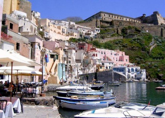 """Viele Szenen aus dem """"Postmann"""" wurden in Corricella auf Procida gedreht (© Redaktion - Portanapoli.com)"""