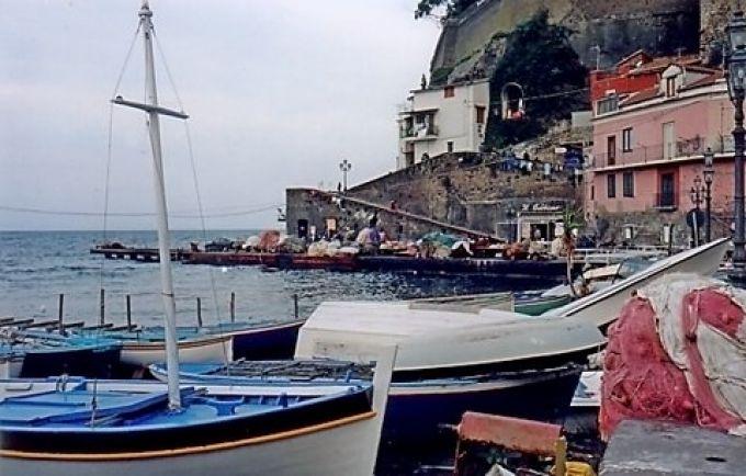 Die Seefahrer der Antike sind heute Fischer am Hafen Marina Grande in Sorrent (© Redaktion - Portanapoli.com)