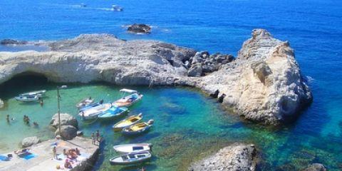 Cala Fonte, Isola di Ponza (© Rorouge - Fotolia.com)