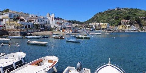 Lacco Ameno auf Ischia (© Francesca - Portanapoli.com)