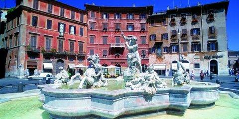 Neptunbrunnen an der Piazza Navona in Rom (© Vito Arcomano - Fototeca ENIT)