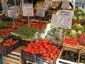 Ein Fest fürs Auge: Stand auf dem Markt Antignano in Neapel (© Redaktion Portanapoli.com)